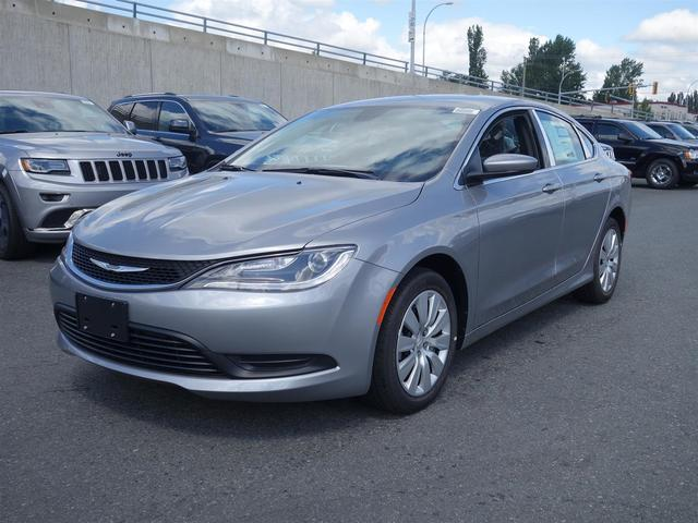 2016 Chrysler 200 LX #16B59