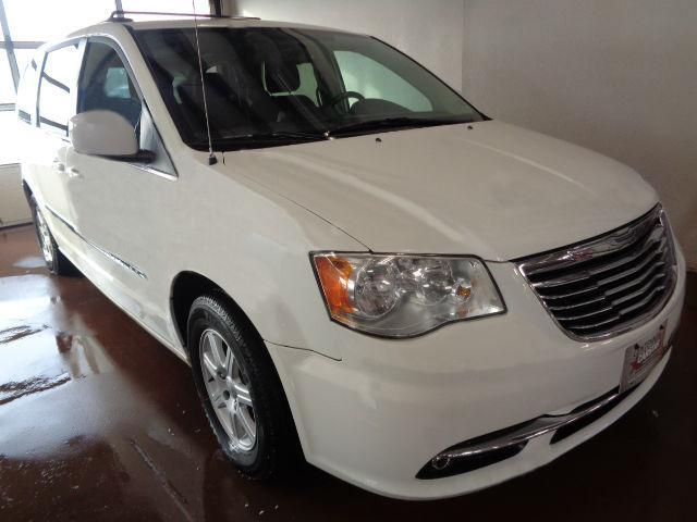 2011 Chrysler Town & Country Touring #575R