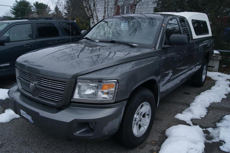 Dodge Dakota 2WD Extended Cab 2008