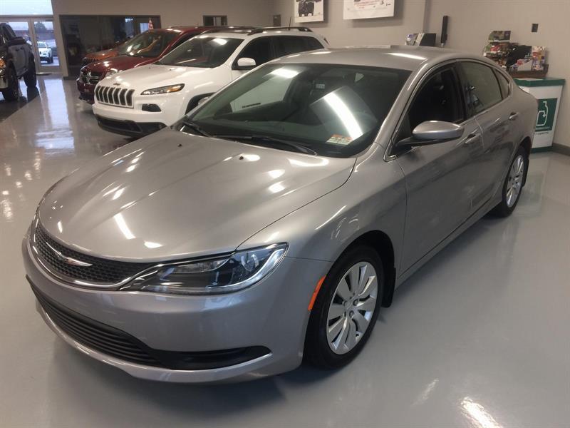 Chrysler 200 2016 LX #16272