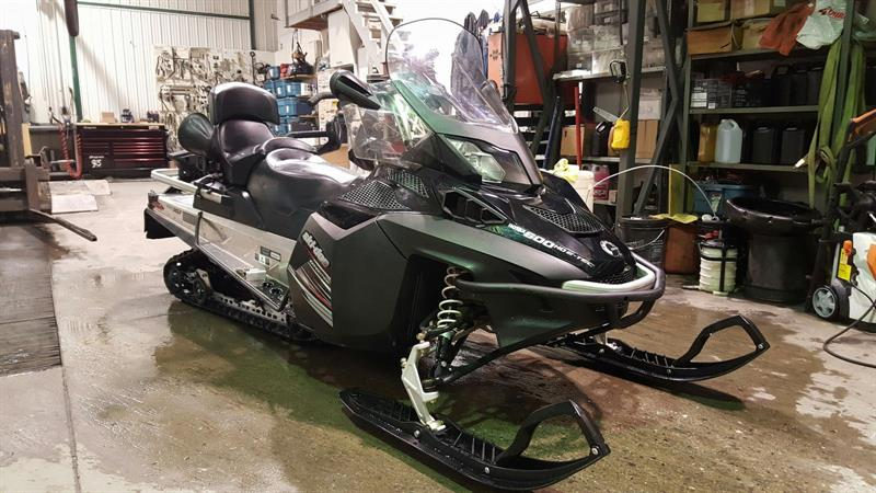 Ski-Doo EXPEDITION LE 600 E-TEC 2012