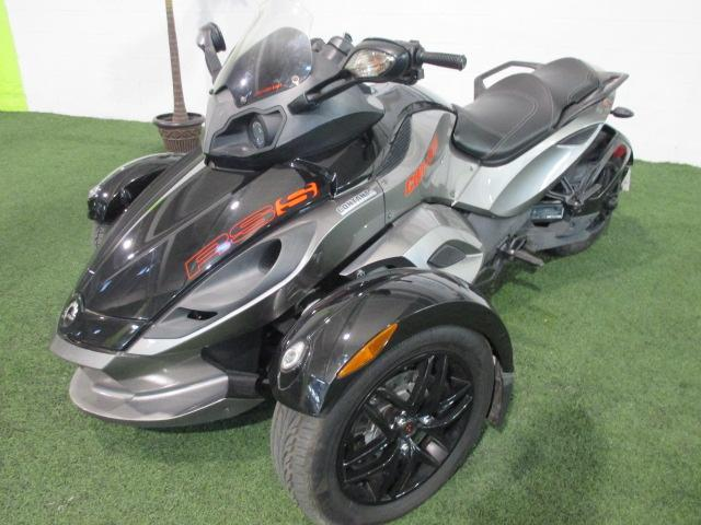 can am spyder rs s 2011 occasion vendre longueuil chez les sp cialistes du. Black Bedroom Furniture Sets. Home Design Ideas