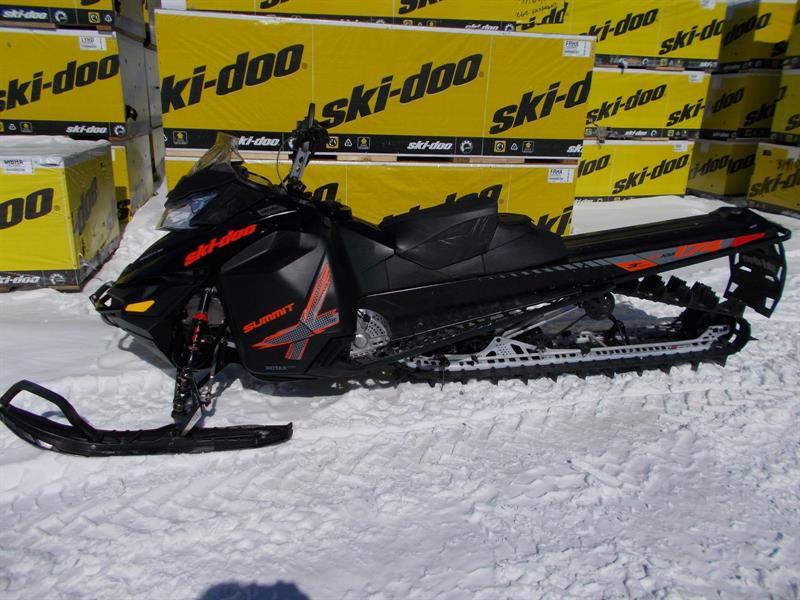 Ski-Doo Summit X 800 ETEC 2015