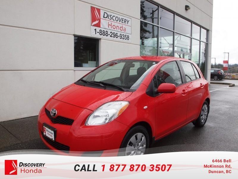 2009 Toyota Yaris 5-door Hatchback LE 5M  - #B2492C