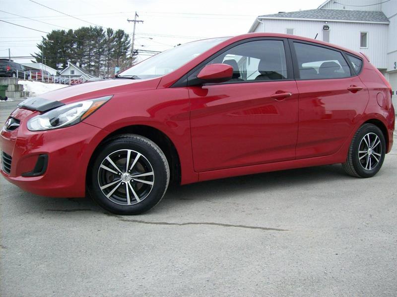 Hyundai Accent Hatchback 2012 L #G1000B