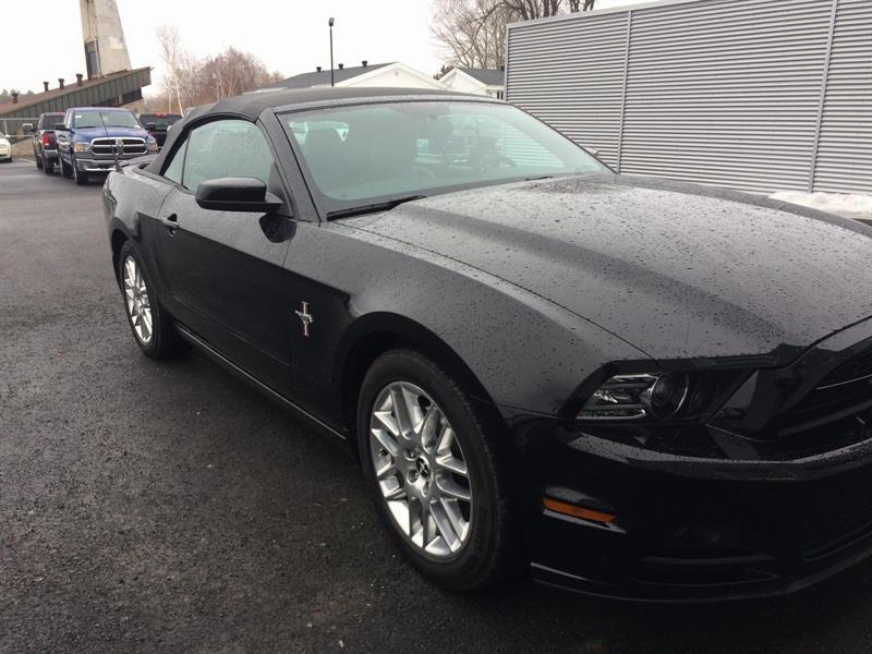 Ford Mustang Convertible 2014 V6 Premium #U0136