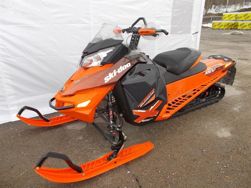 Ski-Doo RENEGADE BACKCOUNTRY 800 etec 2015