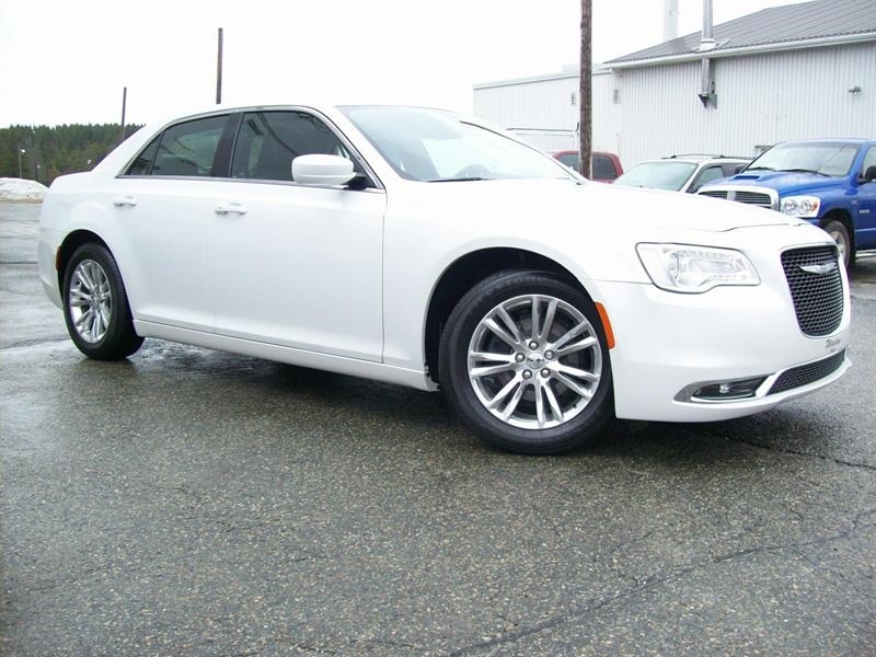 Chrysler 300 2016 Touring #F0708A