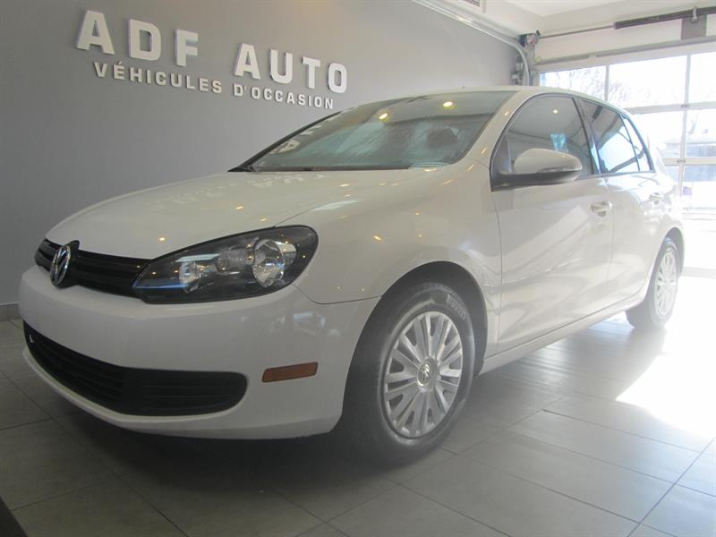 Volkswagen Golf 2010 2.5L / Automatique #4136A