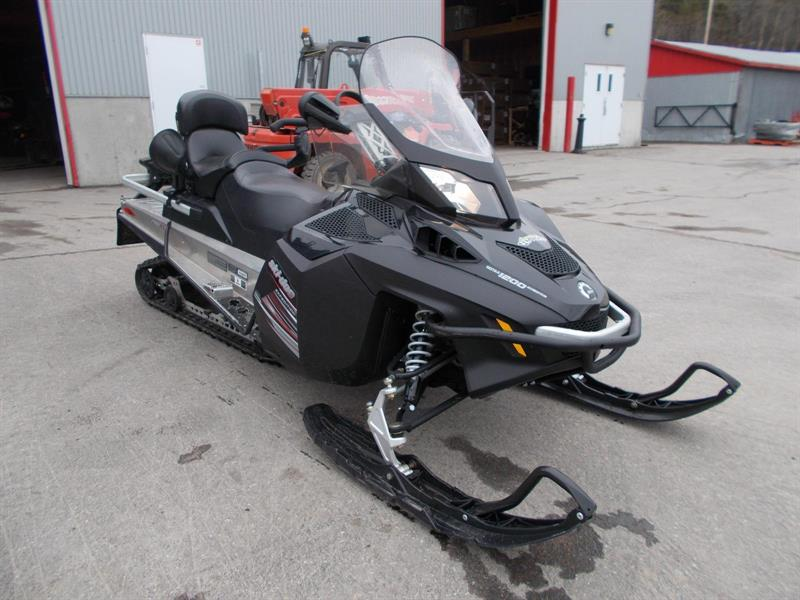 Ski-Doo Expedition 1200 2011