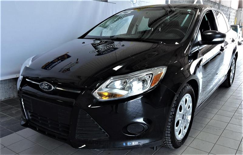 Ford Focus Sedan 2013 SE #1708141