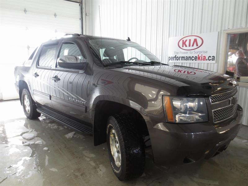 2011 Chevrolet Avalanche 4X4 Beauty #PC8085A