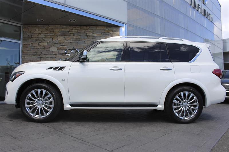 2017 Infiniti Qx80 7 Passenger New for sale in Victoria at Campus