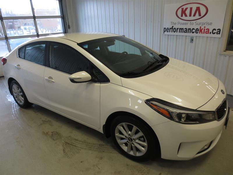 2017 Kia Forte EX #K8236
