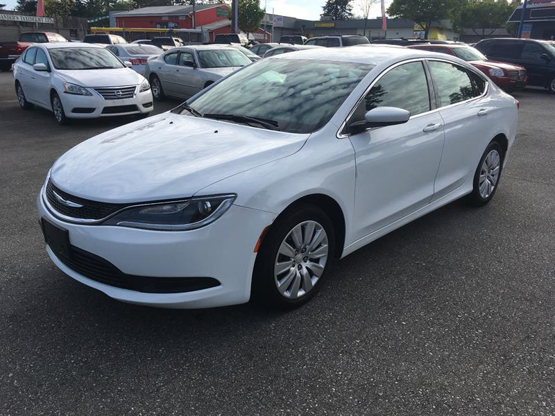 2015 Chrysler 200 4dr Sdn LX FWD #GP6935