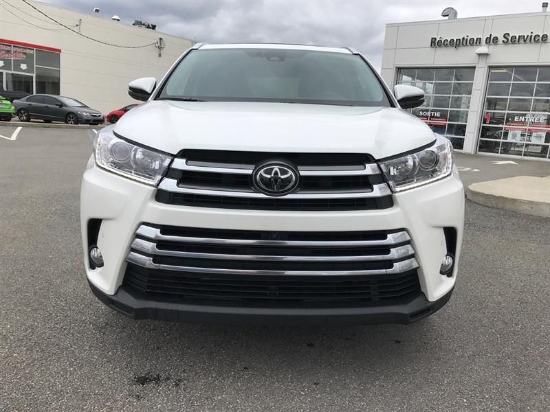 2017 toyota highlander awd limited used for sale in lachute at toyota lachute. Black Bedroom Furniture Sets. Home Design Ideas