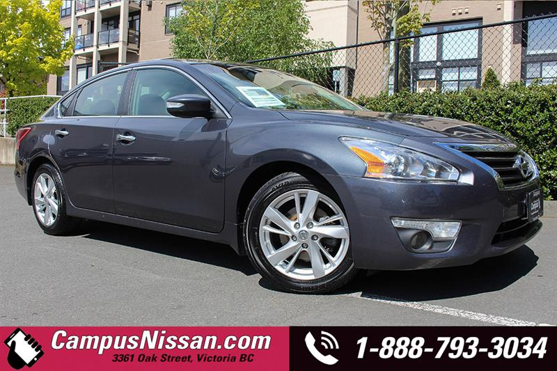 2013 Nissan Altima SL w  Navi + Leather #A7007