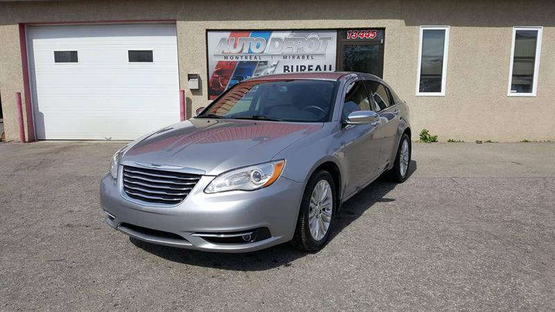 Chrysler 200 2014 Limited #5759