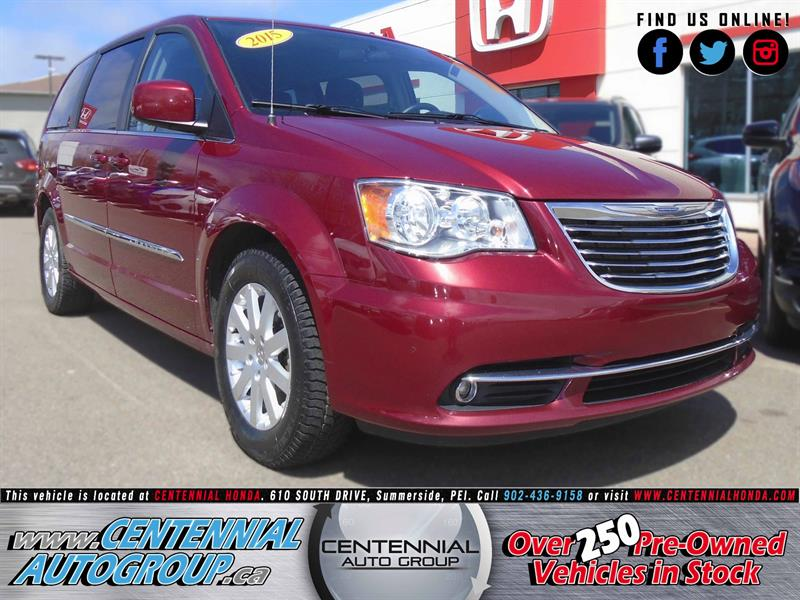 2015 Chrysler Town - Country Touring #U1525