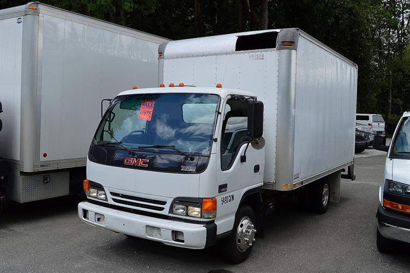 2005 GMC W4S042 W4500 DSL REG