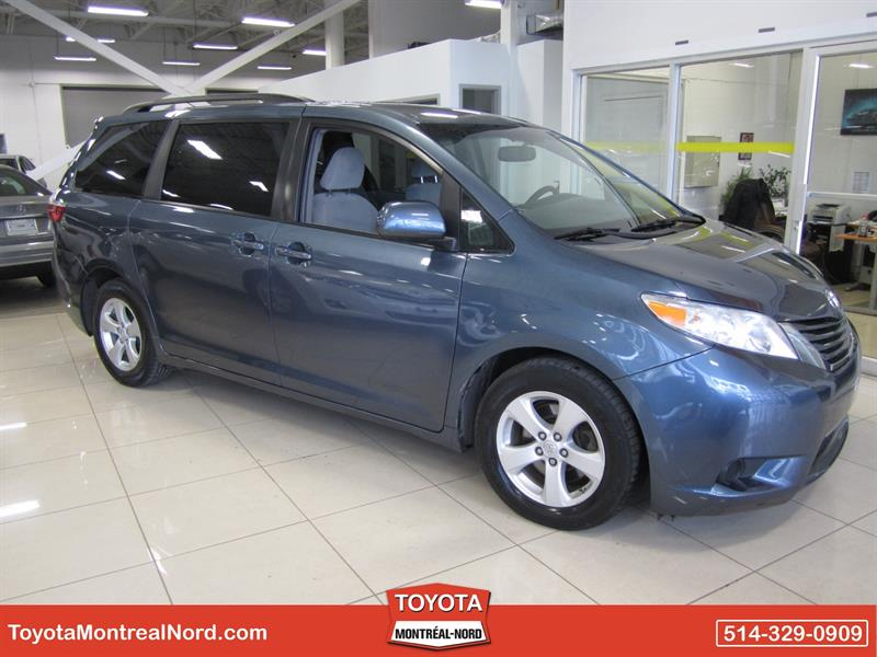 Toyota Sienna 2015 LE V6 8-Pass FWD #2593 AT