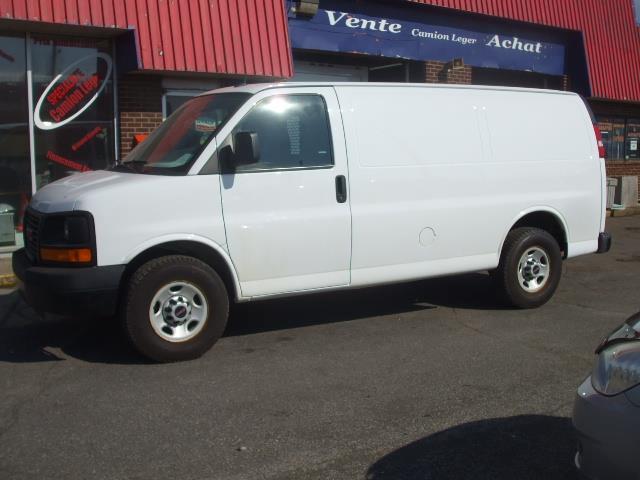 GMC Savana Cargo Van 2013