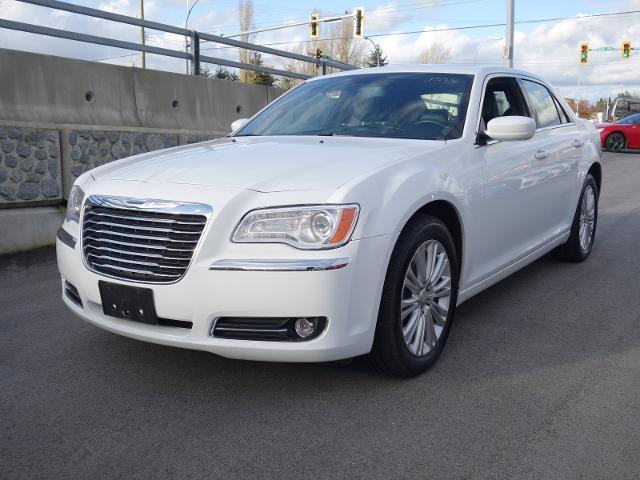 2014 Chrysler 300 Base #16UP355