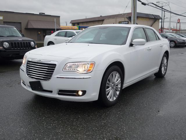 2014 Chrysler 300 Base #16UP354