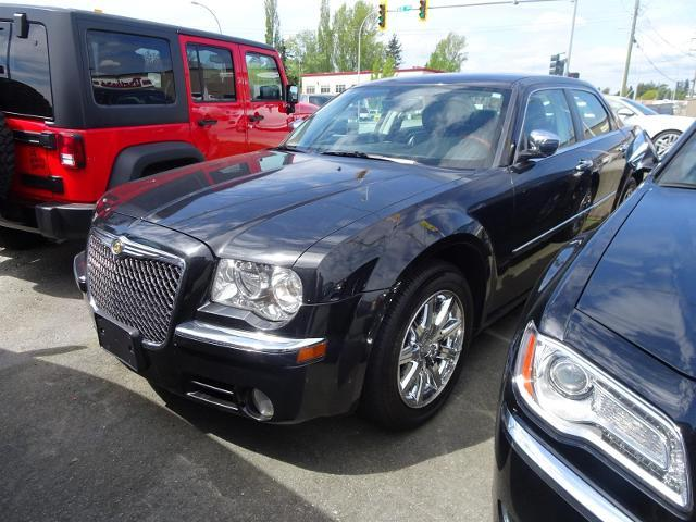 2010 Chrysler 300 Limited #17UP147A