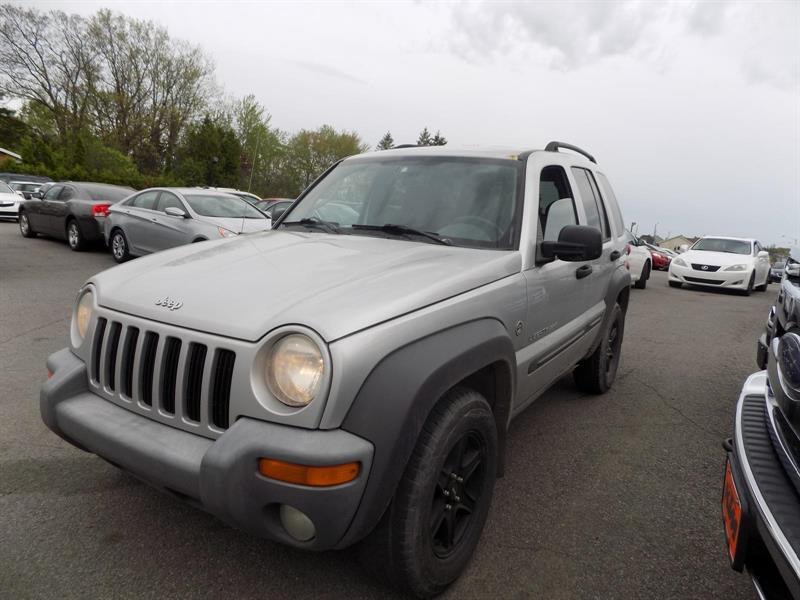 Jeep Liberty 2003 Sport #PATT2239
