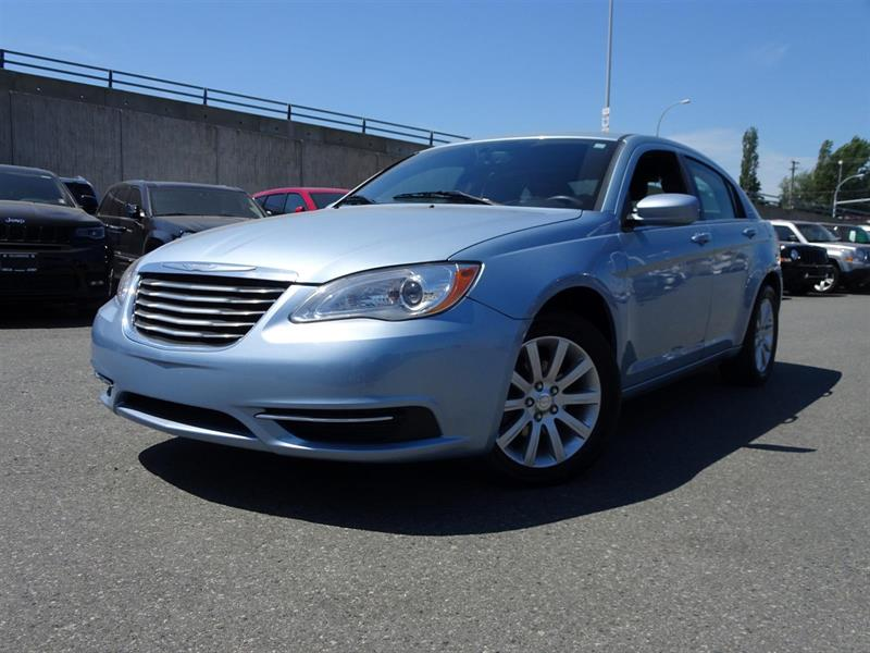 2012 Chrysler 200 LX #17UP221