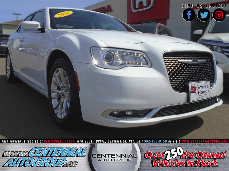 2016 Chrysler 300 Touring #U1535