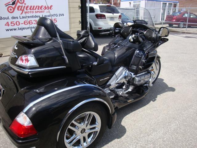 honda gl1800a trike gold wing 2010 occasion vendre laval chez lajeunesse moto sport lt e. Black Bedroom Furniture Sets. Home Design Ideas