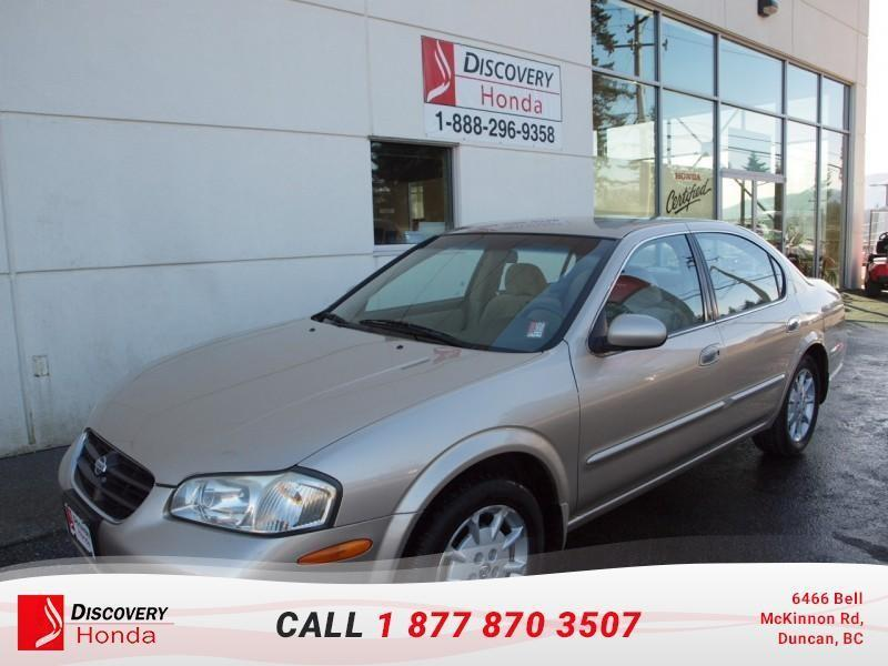2000 Nissan Maxima 4Dr Sedan GLE   - one own #16-607A
