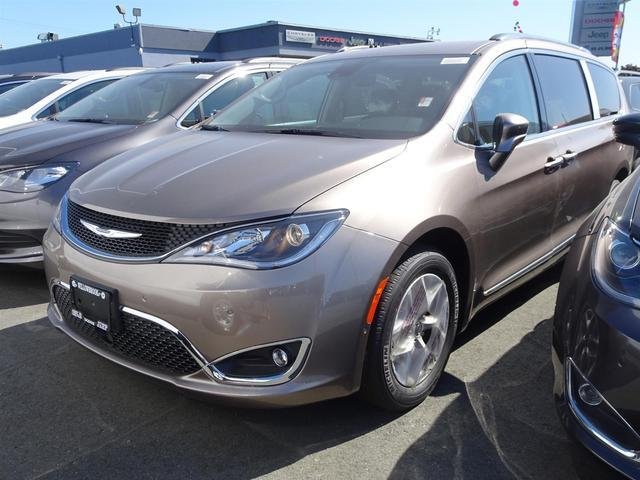 2017 Chrysler Pacifica Touring-L Plus #17M73