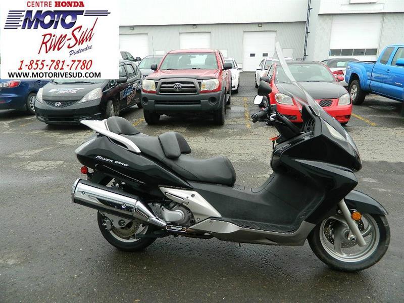 SCOOTER Honda FSC 600 2005