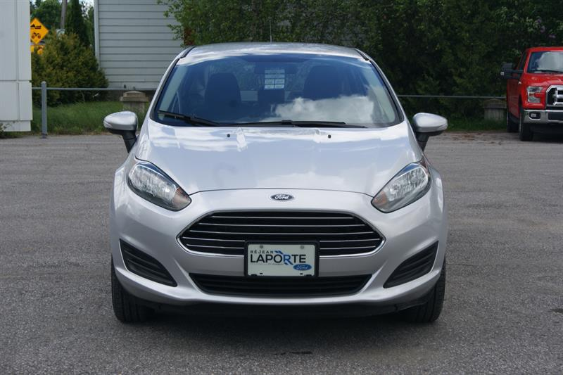ford fiesta sedan se 2014 occasion vendre saint norbert chez r jean laporte lincoln. Black Bedroom Furniture Sets. Home Design Ideas