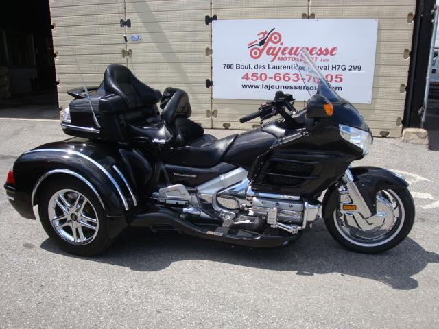 3 roues honda gl1800 trike 2010 occasion vendre laval chez lajeunesse moto sport lt e. Black Bedroom Furniture Sets. Home Design Ideas