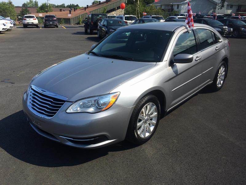 Chrysler 200 2014 LX #16288A