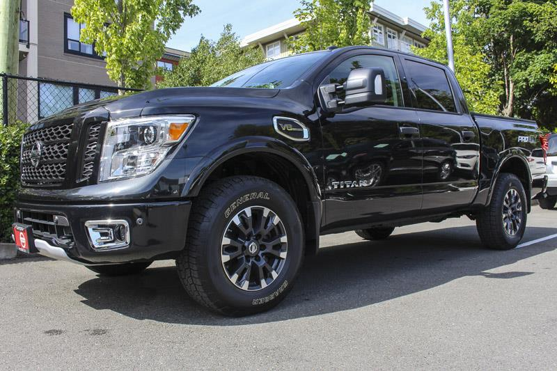2017 nissan titan pro 4x 4x4 crewcab used for sale in victoria at campus acura. Black Bedroom Furniture Sets. Home Design Ideas