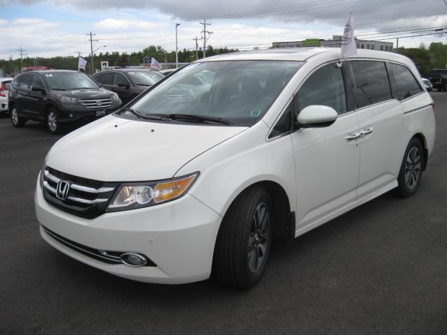 2015 Honda Odyssey Touring #G560A