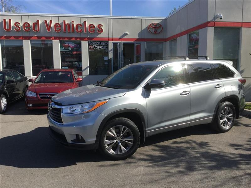 2014 Toyota Highlander LE AWD, Alloys, Camera, Bluetooth, Power Group #L6478