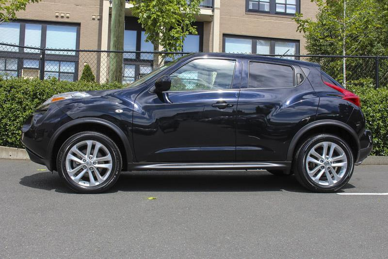 2014 nissan juke sv fwd used for sale in victoria at campus acura. Black Bedroom Furniture Sets. Home Design Ideas