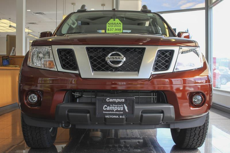2017 nissan frontier 4wd crew cab pro 4x demonstrator for sale in victoria at campus nissan. Black Bedroom Furniture Sets. Home Design Ideas