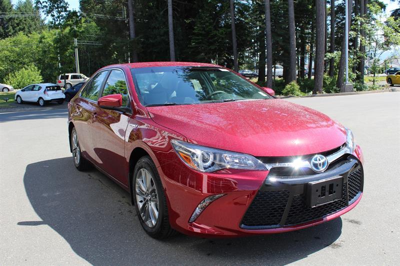 2017 Toyota Camry Hybrid SE #11169