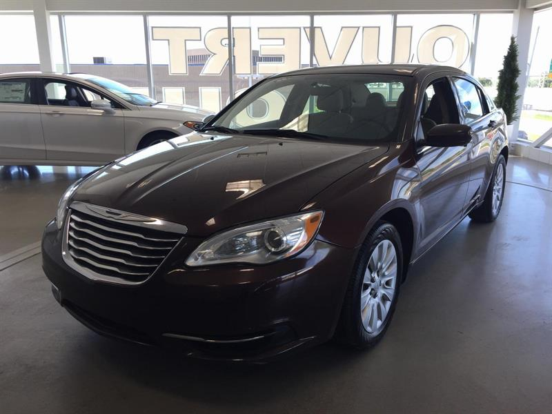 Chrysler 200 2013 LX #U3131
