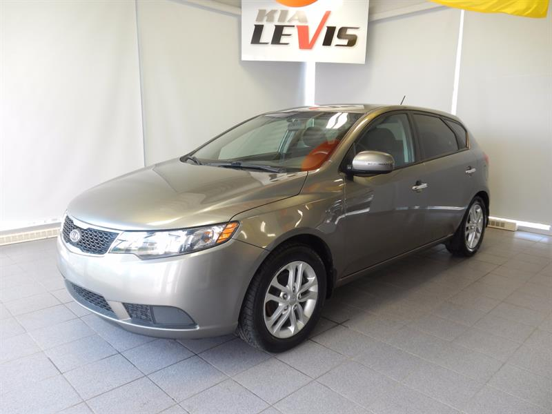 Kia Forte 5-door 2012 FORTE 5/AUTO/AIR/FULL/MAGS 16'' #17555A