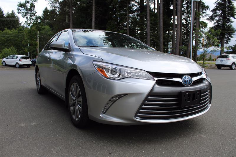 2017 Toyota Camry Hybrid XLE #11199