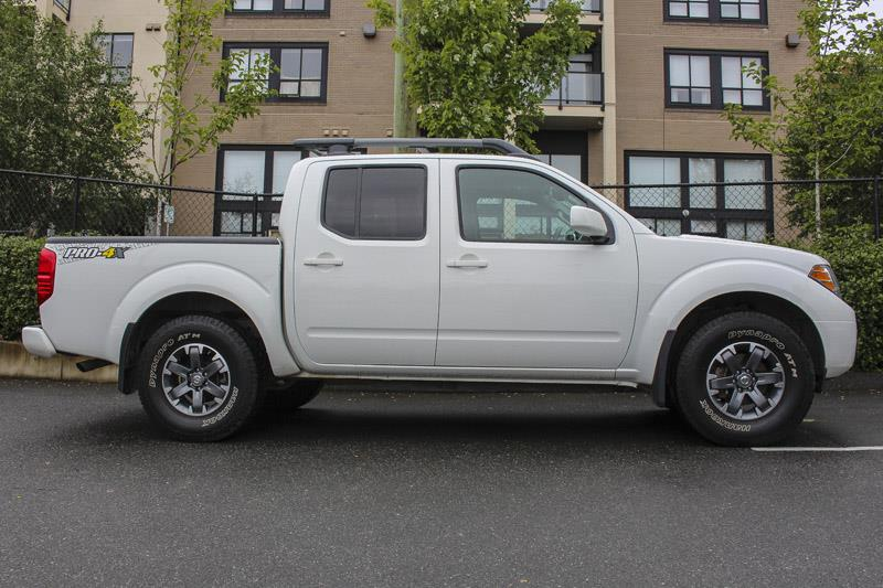 2017 nissan frontier crew cab pro 4x navi leather used for sale in victoria at campus nissan. Black Bedroom Furniture Sets. Home Design Ideas