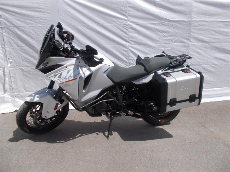 KTM ADVENTURE T 1290 2015